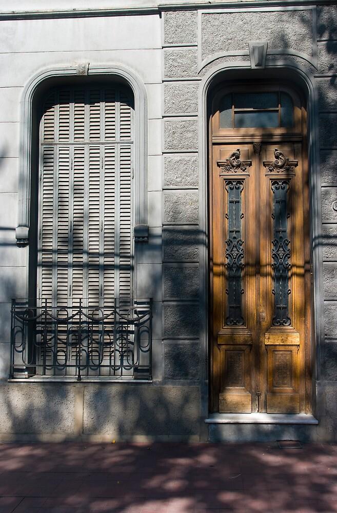 DOOR 10 by gus72