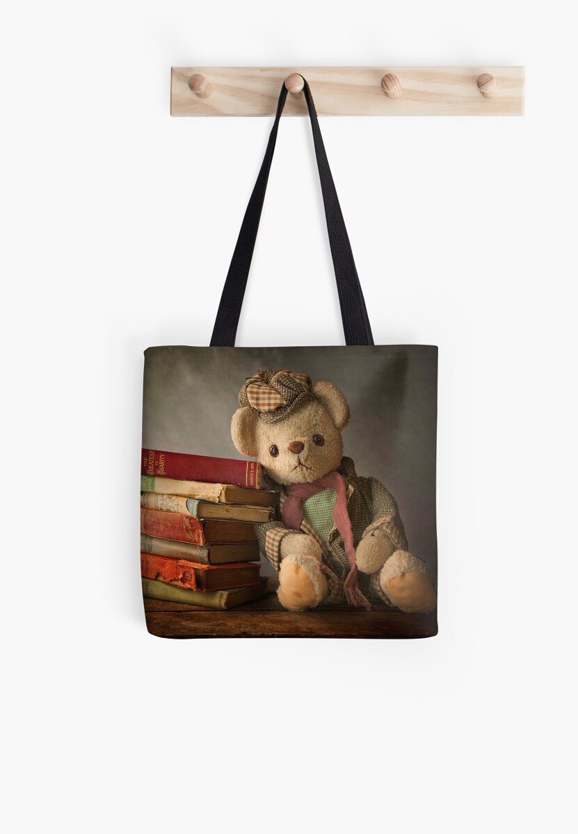 Teddy with Books by Patricia Jacobs DPAGB LRPS BPE4
