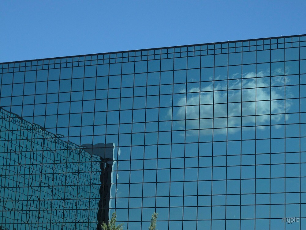 Reflective Cloud by mypic