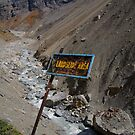 Landslide Area near Thorung Phedi by SerenaB