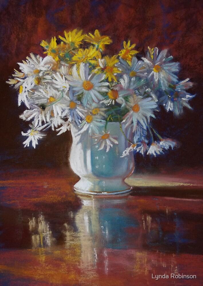'Upsy Daisies' by Lynda Robinson
