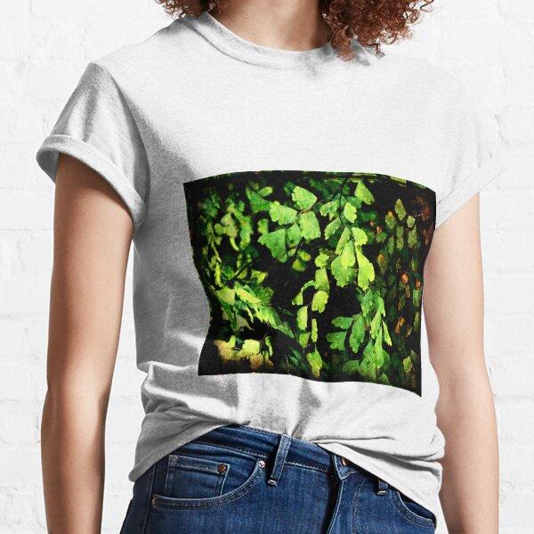 Leaves My Heart Classic T-Shirt