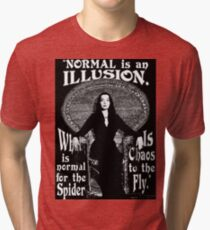 "Morticia Addams - ""Normal ist eine Illusion ..."" Vintage T-Shirt"
