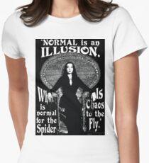 """Morticia Addams - """"Normal ist eine Illusion ..."""" Tailliertes T-Shirt für Frauen"""