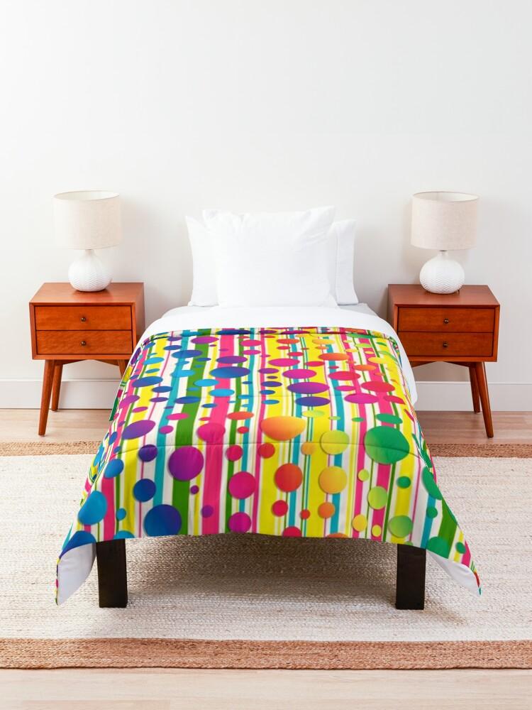 Alternate view of Beatnik Bubbles Comforter