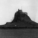 92 - LINDISFARNE CASTLE (D.E. 1971) by BLYTHPHOTO