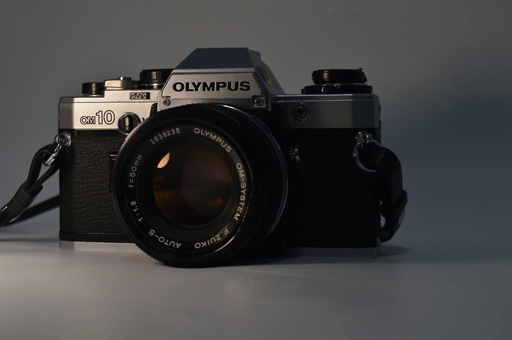 Vintage Camera by ashl3yjohnson