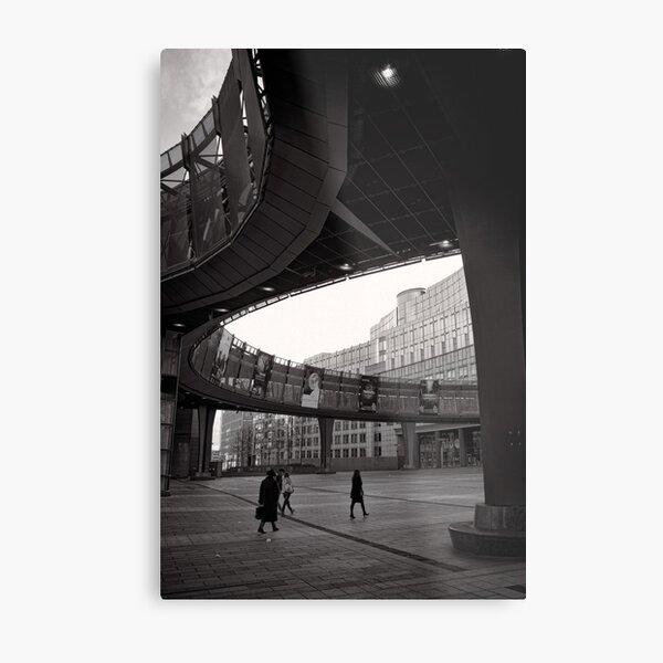 Crossing paths at Parliament - Brussels Metal Print