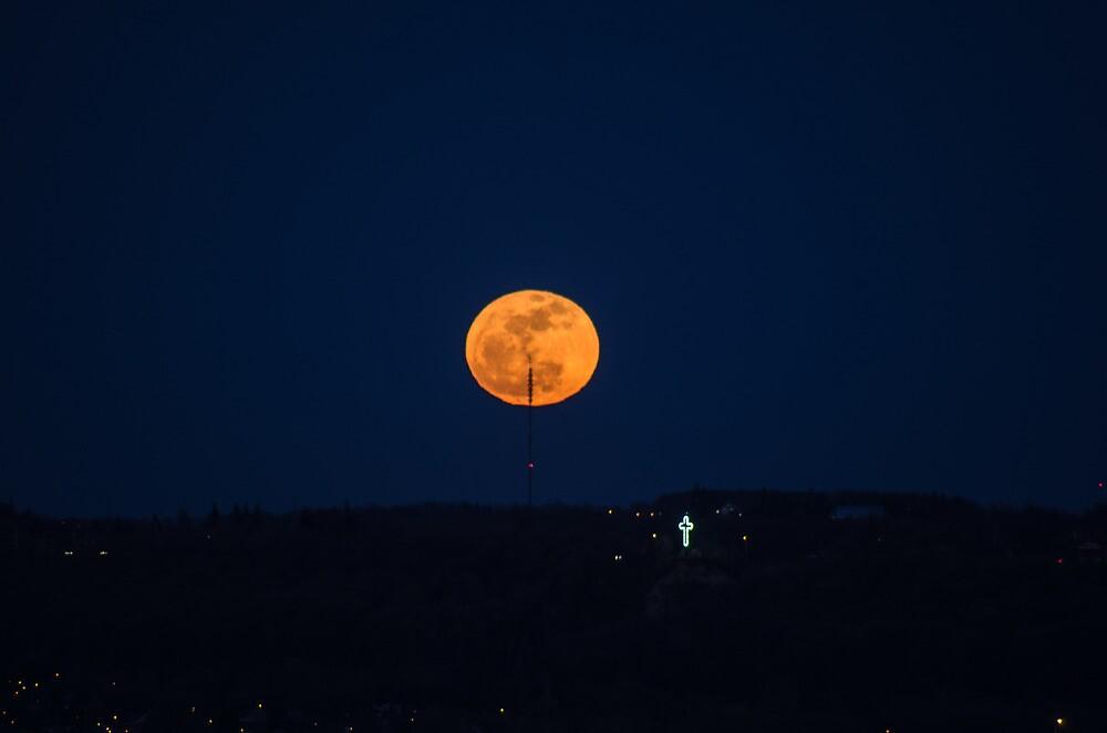 Easter Full Moon by Bill  Watson