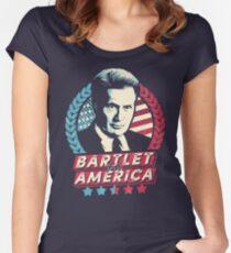 Camiseta entallada de cuello ancho Bartlet para América