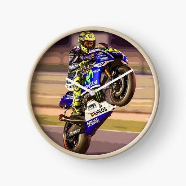 Valentino Rossi fait un wheelie 3 Résumé Horloge