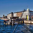 Entrance to Nyhavn - New Harbor. by imagic