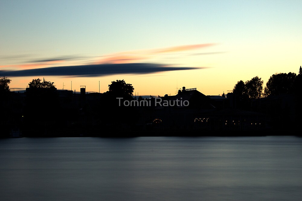 City in the evening by Tommi Rautio