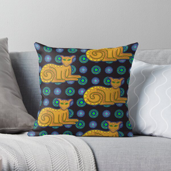 The Grinning Kitty Throw Pillow