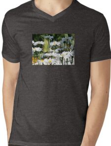 A Garden of White Daisy Flowers T-Shirt