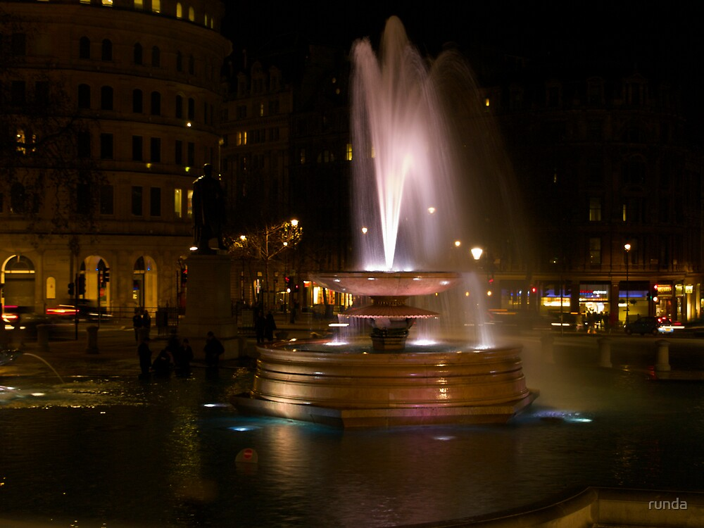 FOUNTAIN BY NIGHT by runda