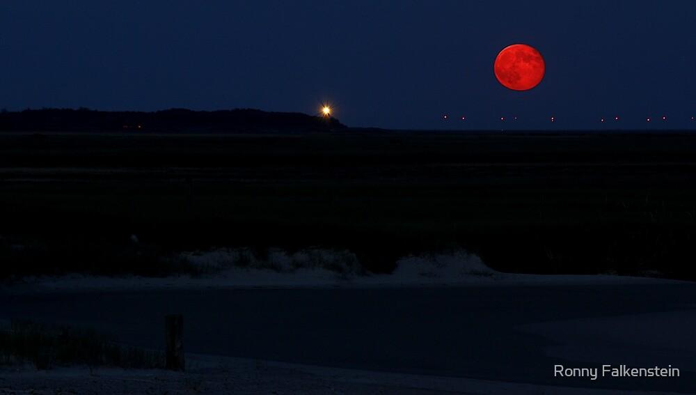 Red Moon by Ronny Falkenstein