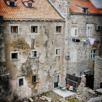 Backyards of Dubrovnik by Jyedsn