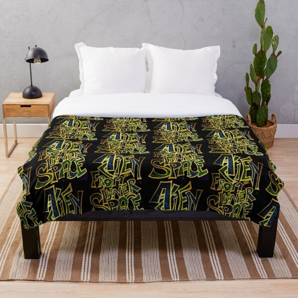 ALIEN FROM INNERSPACE Throw Blanket