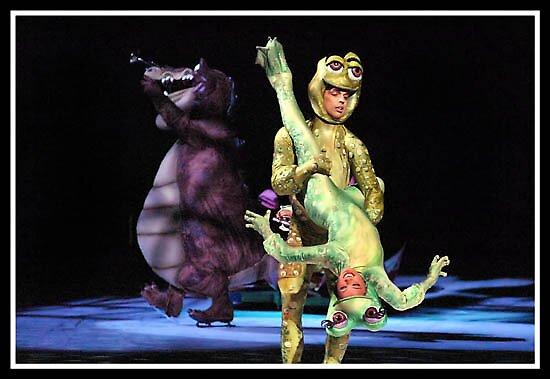 Disney on Ice 3 by Oscar Salinas