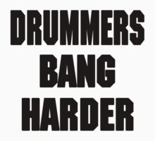 DRUMMERS BANG HARDER (DAVE GROHL, TAYLOR HAWKINS) | Unisex T-Shirt