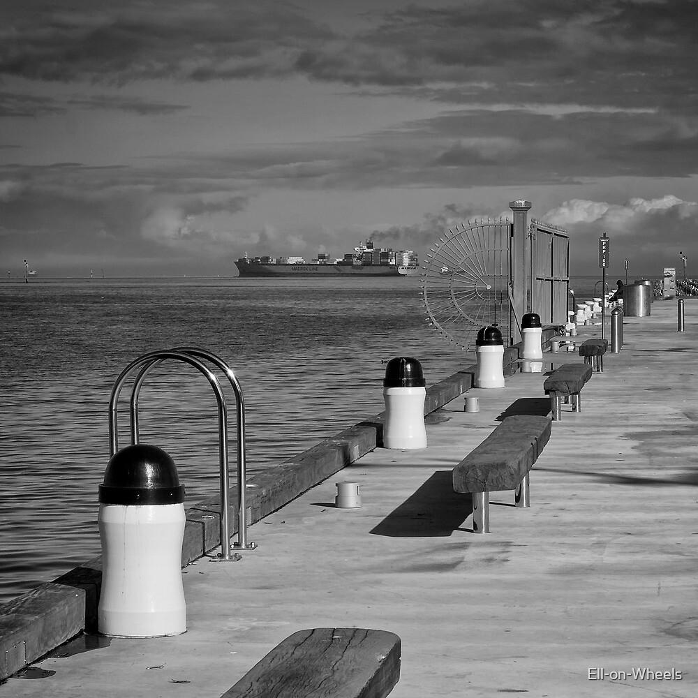 Solitude - I by Ell-on-Wheels