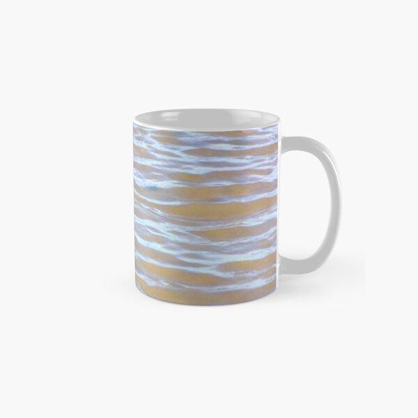 Low tides shimmer beach texture Classic Mug