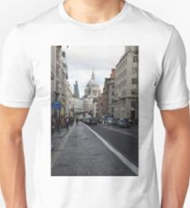 St Pauls Cathedral in London T-Shirt