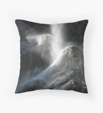 Grizzly Falls Lands Throw Pillow