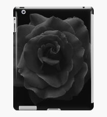 Single Large High Resolution Black Rose. iPad Case/Skin
