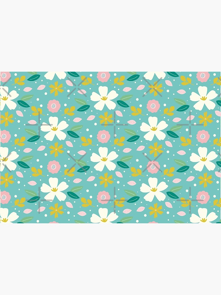 Daisy Flower Pattern Face Covering by ThreadsNouveau