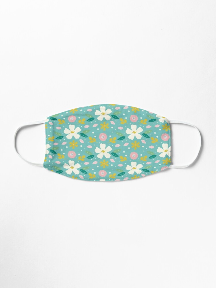 Alternate view of Daisy Flower Pattern Face Covering Mask