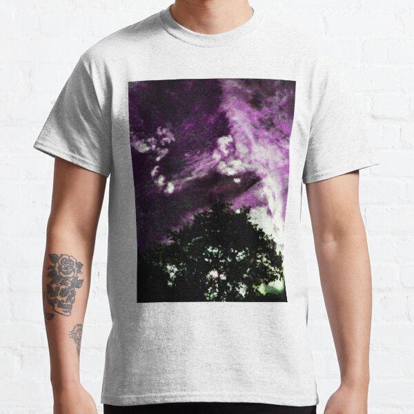 Kiss the Skyyy Classic T-Shirt