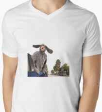 My town... Men's V-Neck T-Shirt