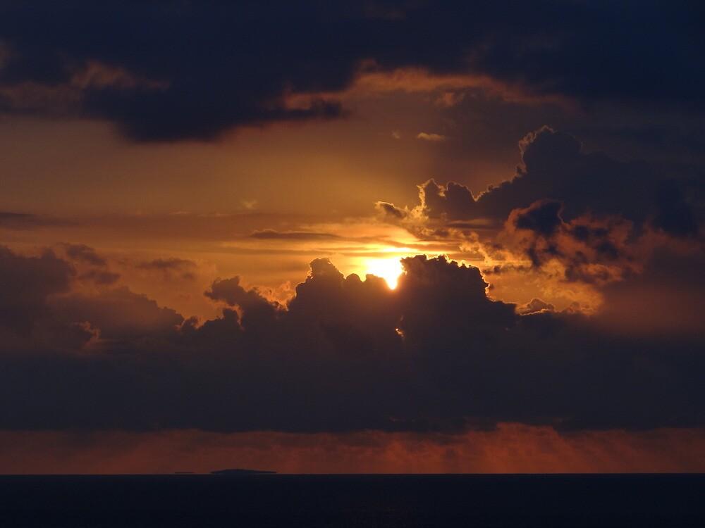 Dramatic Sunset Sequences IV - Sequencias de una dramatica Puesta del Sol by PtoVallartaMex