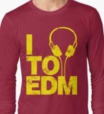 I Listen to EDM (yellow) Long Sleeve T-Shirt