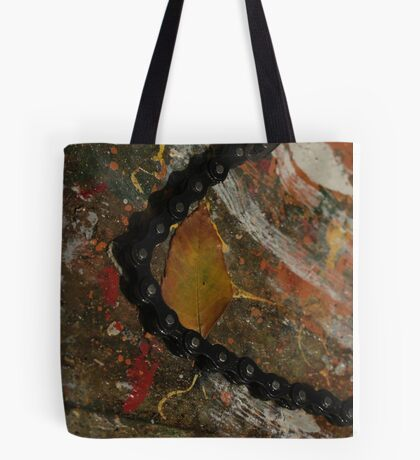 Early Leaf that fell by Garage Door Chain Tote Bag