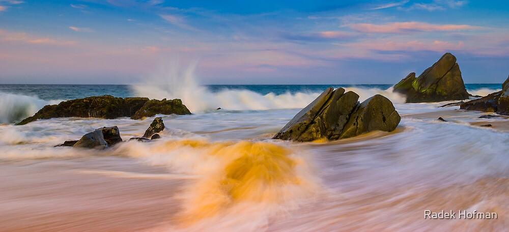 Pacific Dawn by Radek Hofman