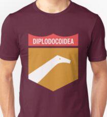 Dinosaur Family Crest: Diplodocoidea Unisex T-Shirt