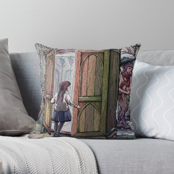 Lucy's Discovery, Narnia Fan Art Throw Pillow