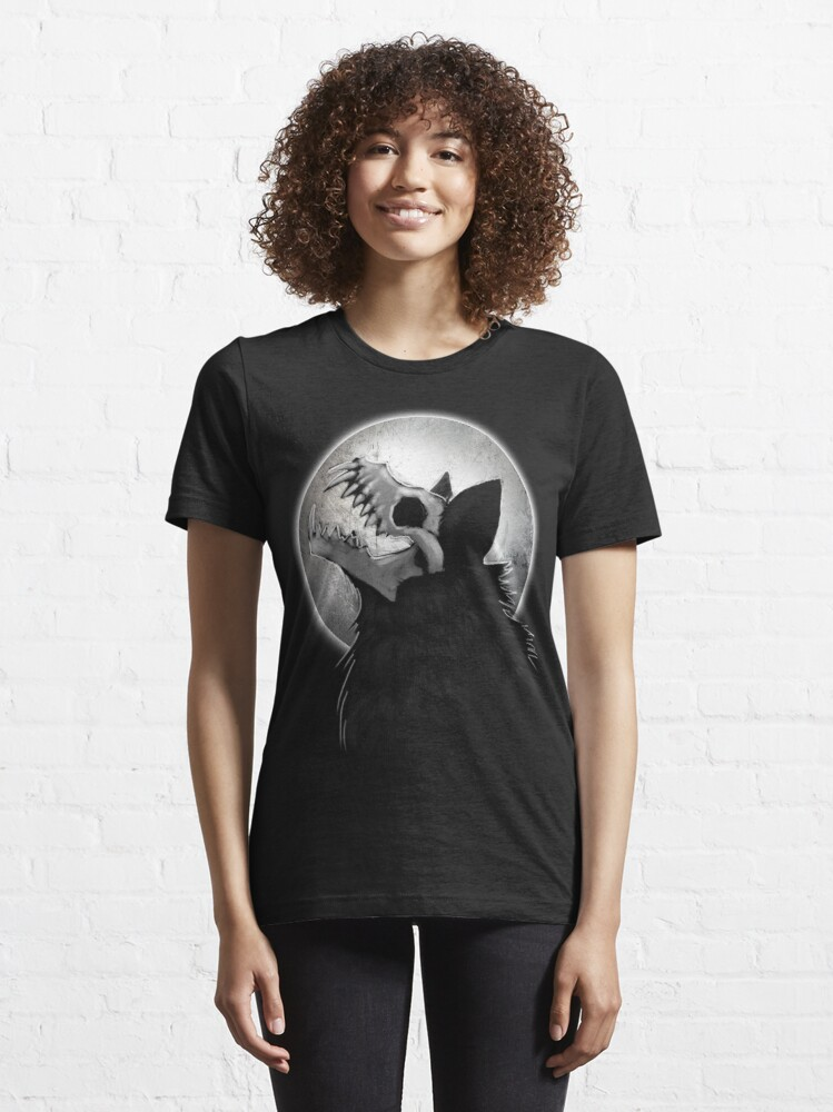 Alternate view of Skull Wolf Howl Essential T-Shirt