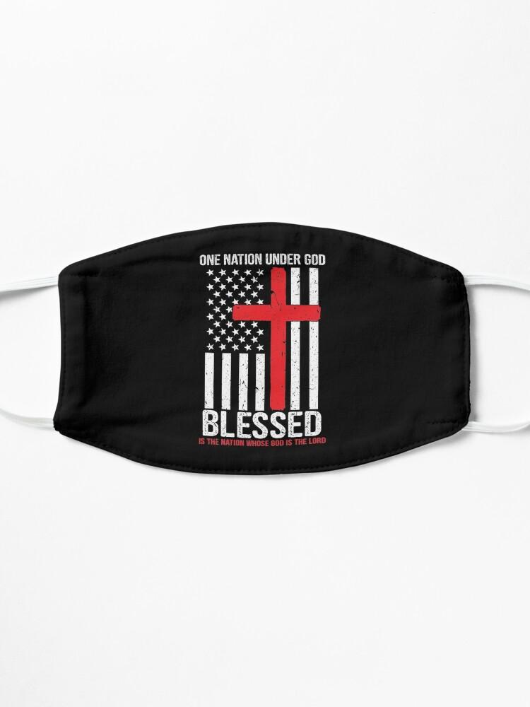 Masque ''Une nation sous Dieu bénit le drapeau américain patriotique': autre vue