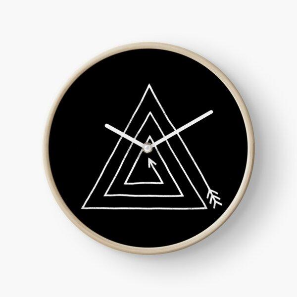 Arrow Triangle  Clock