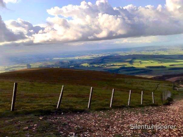 Top of Tinto in Biggar, Lanarkshire, Scotland. by Silentwhisperer