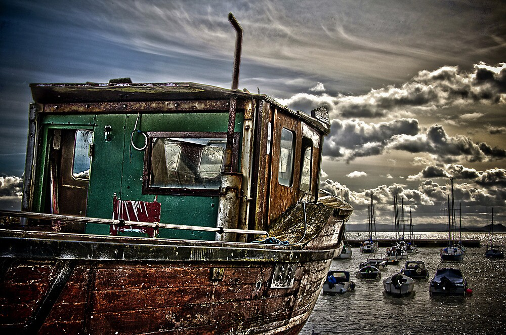 Dysart Wooden Boat by GillBell