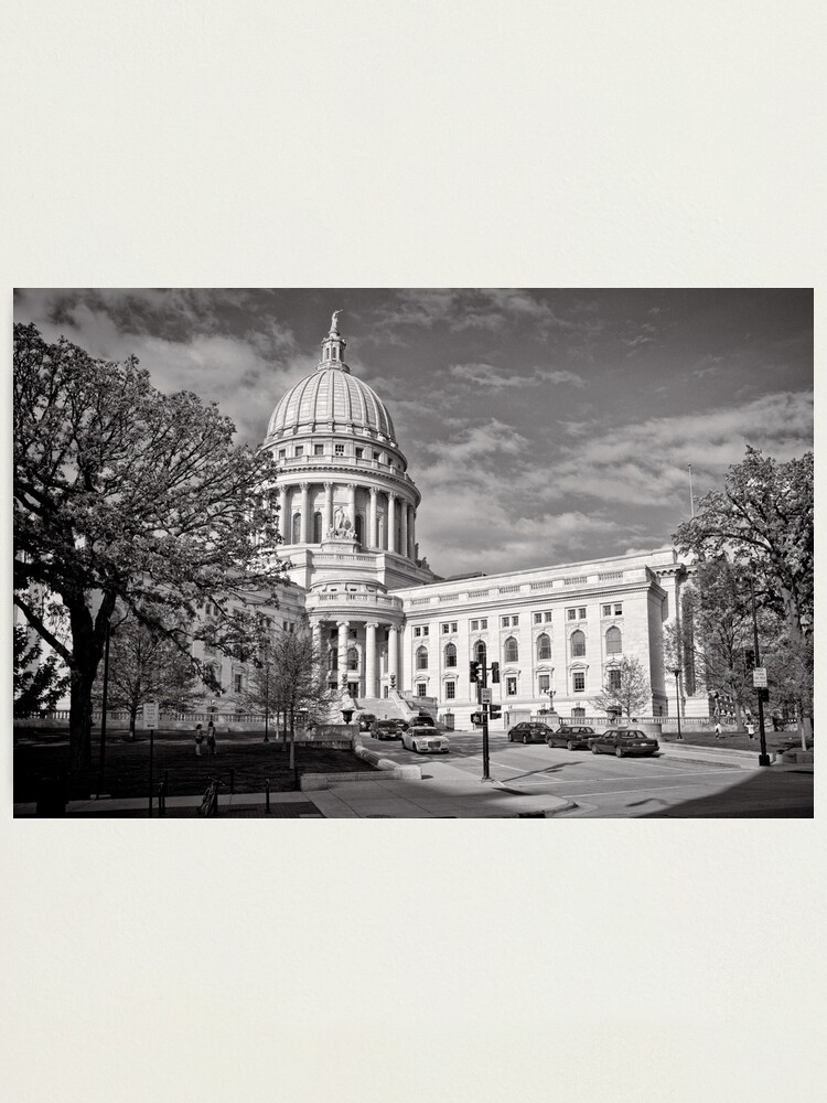 Alternate view of Madison Wisconsin Capitol Building - USA Photographic Print