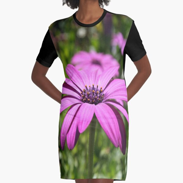 Side View Of A Purple Osteospermum With Garden Background Graphic T-Shirt Dress