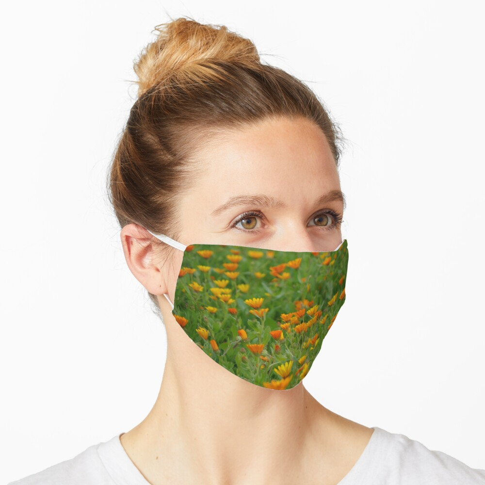 Moroccan Daisies Mask