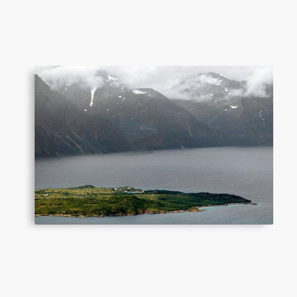 Årøya i Lyngenfjorden Canvas Print