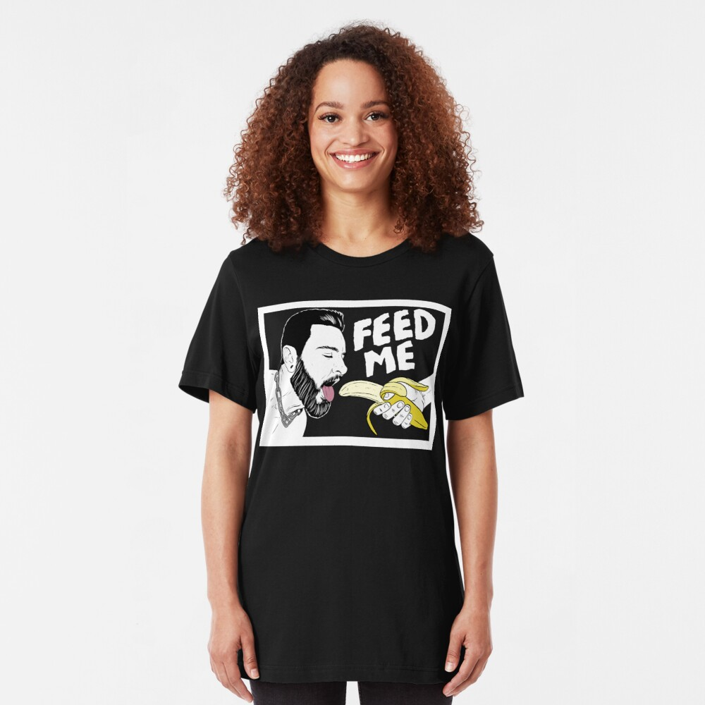Hungry Teddy Bryce - dark background Slim Fit T-Shirt